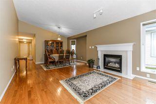 Photo 3: 2 17418 98A Avenue in Edmonton: Zone 20 House Half Duplex for sale : MLS®# E4176630
