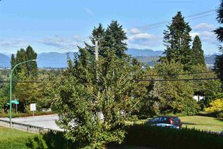 """Photo 2: 5435 - 5437 SUSSEX Avenue in Burnaby: Forest Glen BS House Duplex for sale in """"Forest Glen"""" (Burnaby South)  : MLS®# R2412379"""