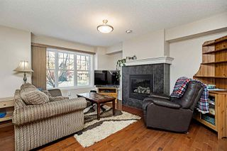 Photo 3: 2167 32 Street in Edmonton: Zone 30 House Half Duplex for sale : MLS®# E4183106
