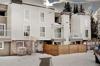 Main Photo: 1402 13104 ELBOW Drive SW in Calgary: Canyon Meadows Row/Townhouse for sale : MLS®# C4287241