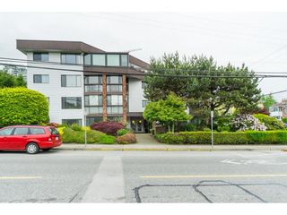 "Photo 3: 101 1424 MARTIN Street: White Rock Condo for sale in ""THE PATRICIAN"" (South Surrey White Rock)  : MLS®# R2457828"