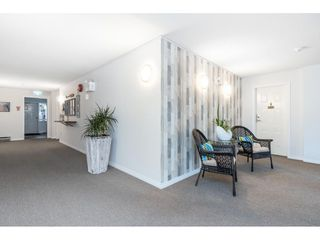 "Photo 5: 101 1424 MARTIN Street: White Rock Condo for sale in ""THE PATRICIAN"" (South Surrey White Rock)  : MLS®# R2457828"
