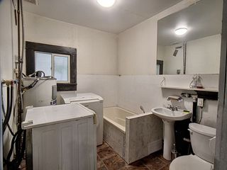 Photo 7: 9640-9642 80 Avenue in Edmonton: Zone 17 House Duplex for sale : MLS®# E4202316