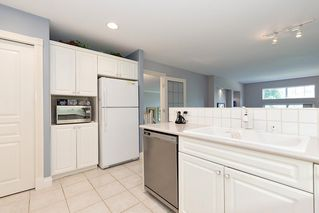 """Photo 11: 13 3405 PLATEAU Boulevard in Coquitlam: Westwood Plateau Townhouse for sale in """"PINNACLE RIDGE"""" : MLS®# R2476821"""