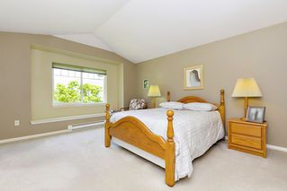 """Photo 13: 13 3405 PLATEAU Boulevard in Coquitlam: Westwood Plateau Townhouse for sale in """"PINNACLE RIDGE"""" : MLS®# R2476821"""