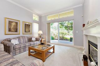 """Photo 4: 13 3405 PLATEAU Boulevard in Coquitlam: Westwood Plateau Townhouse for sale in """"PINNACLE RIDGE"""" : MLS®# R2476821"""