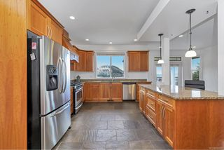 Photo 12: 1200 Natures Gate in : La Bear Mountain House for sale (Langford)  : MLS®# 845452