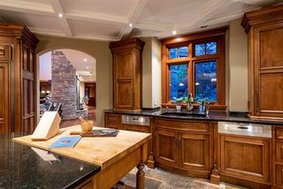 Photo 8: 6693 TAPLEY Place in Whistler: Whistler Cay Estates House for sale : MLS®# R2481263