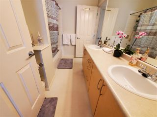 "Photo 16: 70 8775 161 Street in Surrey: Fleetwood Tynehead Townhouse for sale in ""BALLANTYNE"" : MLS®# R2488432"