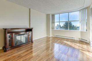 Photo 2: 605 11920 80 Avenue in Delta: Scottsdale Condo for sale (N. Delta)  : MLS®# R2503369