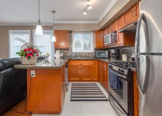"""Photo 10: 8 1233 MAIN Street in Squamish: Downtown SQ Townhouse for sale in """"SKYE"""" : MLS®# R2527763"""