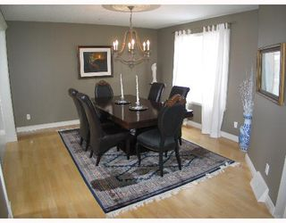 Photo 3: 375 Patterson Boulevard SW in CALGARY: Prominence Patterson Residential Detached Single Family for sale (Calgary)  : MLS®# C3252807
