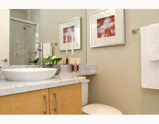 Photo 6: 1050 SMITHE Street in Vancouver: West End VW Condo for sale (Vancouver West)  : MLS®# V641719