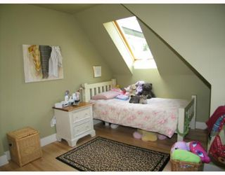 Photo 8:  in CALGARY: Roxboro Residential Detached Single Family for sale (Calgary)  : MLS®# C3267259