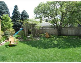 Photo 10:  in CALGARY: Roxboro Residential Detached Single Family for sale (Calgary)  : MLS®# C3267259