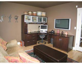 Photo 6:  in CALGARY: Roxboro Residential Detached Single Family for sale (Calgary)  : MLS®# C3267259
