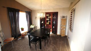 Photo 5: 103 Silver Springs in Winnipeg: East Kildonan Residential for sale (North East Winnipeg)