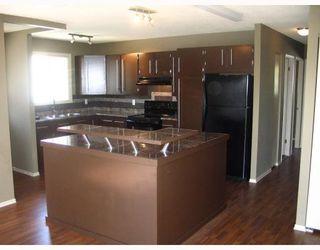 Photo 2: 43 DELORME Bay in WINNIPEG: Fort Garry / Whyte Ridge / St Norbert Residential for sale (South Winnipeg)  : MLS®# 2806757