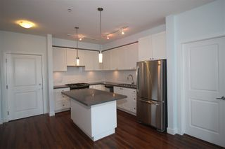 "Photo 4: 212 15850 26 Avenue in Surrey: Grandview Surrey Condo for sale in ""SUMMIT HOUSE"" (South Surrey White Rock)  : MLS®# R2401988"