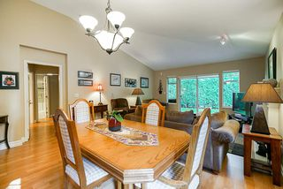 """Photo 6: 41 9208 208 Street in Langley: Walnut Grove Townhouse for sale in """"Churchill Park"""" : MLS®# R2412309"""