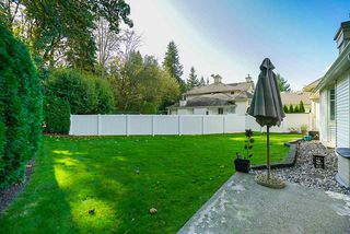 """Photo 13: 41 9208 208 Street in Langley: Walnut Grove Townhouse for sale in """"Churchill Park"""" : MLS®# R2412309"""