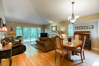 """Photo 4: 41 9208 208 Street in Langley: Walnut Grove Townhouse for sale in """"Churchill Park"""" : MLS®# R2412309"""