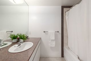 Photo 13: 2202 1050 BURRARD Street in Vancouver: Downtown VW Condo for sale (Vancouver West)  : MLS®# R2419988