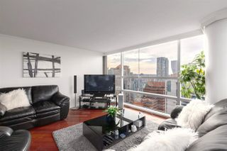 Photo 5: 2202 1050 BURRARD Street in Vancouver: Downtown VW Condo for sale (Vancouver West)  : MLS®# R2419988