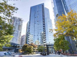Photo 2: 2202 1050 BURRARD Street in Vancouver: Downtown VW Condo for sale (Vancouver West)  : MLS®# R2419988