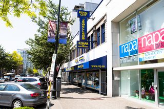 Photo 3: 515 Columbia Street in New Westminster: Downtown Business for sale