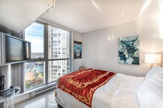 """Photo 9: 2202 1408 STRATHMORE Mews in Vancouver: Yaletown Condo for sale in """"WEST ONE"""" (Vancouver West)  : MLS®# R2432434"""