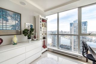 "Photo 11: 2202 1408 STRATHMORE Mews in Vancouver: Yaletown Condo for sale in ""WEST ONE"" (Vancouver West)  : MLS®# R2432434"