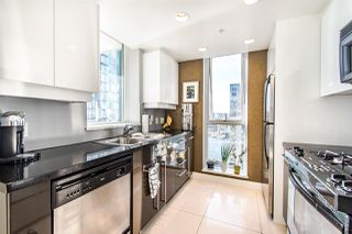 "Photo 8: 2202 1408 STRATHMORE Mews in Vancouver: Yaletown Condo for sale in ""WEST ONE"" (Vancouver West)  : MLS®# R2432434"