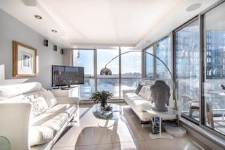 "Photo 5: 2202 1408 STRATHMORE Mews in Vancouver: Yaletown Condo for sale in ""WEST ONE"" (Vancouver West)  : MLS®# R2432434"