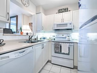 "Photo 9: 306 295 SCHOOLHOUSE Street in Coquitlam: Maillardville Condo for sale in ""Chateau Royale"" : MLS®# R2466921"