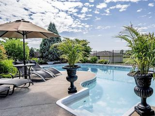 Photo 39: 6501 WESTMINSTER Drive in London: South GG Residential for sale (South)  : MLS®# 268945