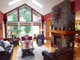 Photo 3: 771 Hanbury Pl in Highlands: Hi Western Highlands House for sale : MLS®# 843203