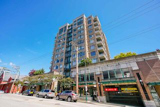 "Photo 4: 307 720 CARNARVON Street in New Westminster: Downtown NW Condo for sale in ""CARNARVON TOWERS"" : MLS®# R2492005"
