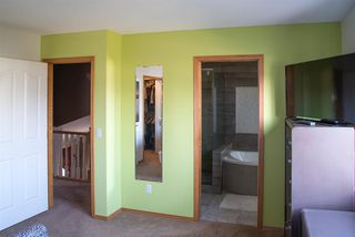Photo 14: 104 Hawkland Circle NW in Calgary: Hawkwood Detached for sale : MLS®# A1041091