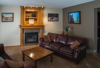 Photo 10: 104 Hawkland Circle NW in Calgary: Hawkwood Detached for sale : MLS®# A1041091
