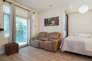 "Photo 4: 103 2628 YEW Street in Vancouver: Kitsilano Condo for sale in ""CONNAUGHT PLACE"" (Vancouver West)  : MLS®# R2514048"