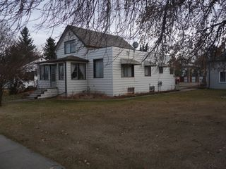 Photo 11: 5131 53 Avenue in Viking: House for sale