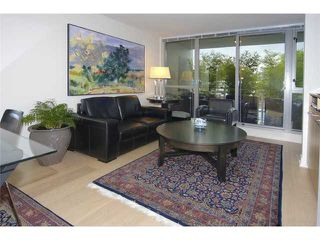 "Photo 2: 429 - 2008 Pine Street in Vancouver: False Creek Condo for sale in ""Mantra"" (Vancouver West)  : MLS®# V852165"
