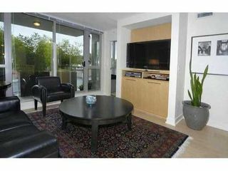 "Photo 1: 429 - 2008 Pine Street in Vancouver: False Creek Condo for sale in ""Mantra"" (Vancouver West)  : MLS®# V852165"
