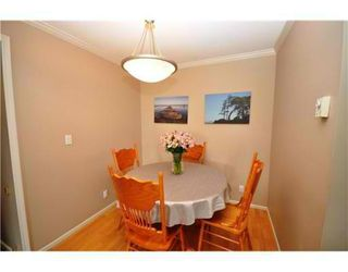 Photo 3: # 404 223 MOUNTAIN HY in North Vancouver: Lynnmour Condo for sale : MLS®# V899286