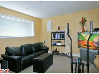 Photo 8: 7687 JUNIPER ST in Mission: Mission BC House for sale : MLS®# F1120098
