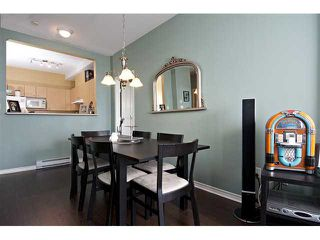 "Photo 5: # 303 580 12TH ST in New Westminster: Uptown NW Condo for sale in ""THE REGENCY"" : MLS®# V912758"
