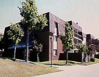Photo 1: 308 730 KENASTON Boulevard in Winnipeg: River Heights / Tuxedo / Linden Woods Condominium for sale (South Winnipeg)  : MLS®# 2618705