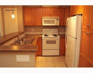 Photo 2:  in CALGARY: Inglewood Condo for sale (Calgary)  : MLS®# C3300542