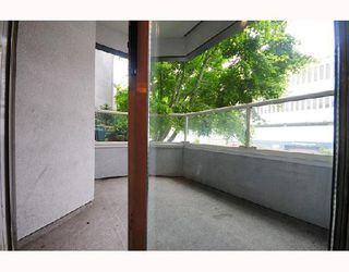 Photo 7: 112 925 W 10TH Avenue in Vancouver: Fairview VW Condo for sale (Vancouver West)  : MLS®# V714620